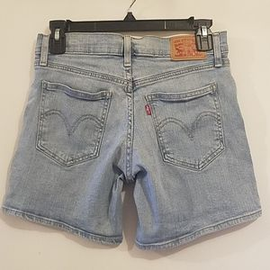 Levi's Shorts - LEVI'S MID RISE LIGHTLY DISTRESSED SHORTS